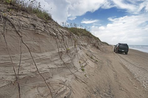 Pins Big Erosion about Mile 52 October 2014 DSC_0171 1200x